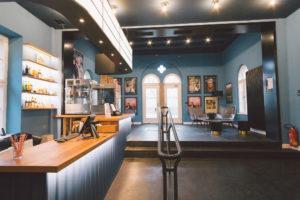Foyer des Kinos Liliom in Augsburg